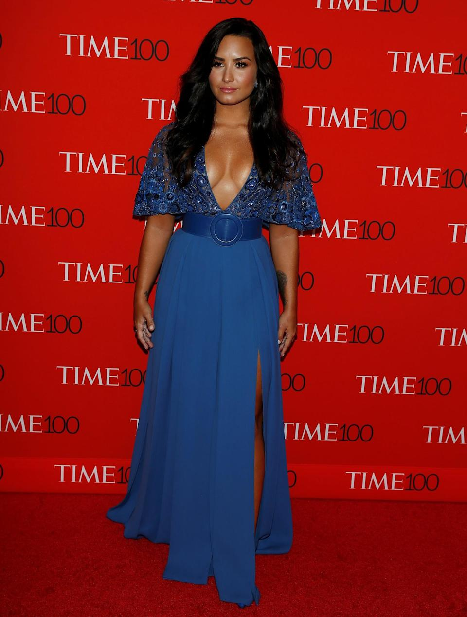 <p>The singer stole the show in a plunging blue Zuhair Murad creation. (Photo: Reuters) </p>
