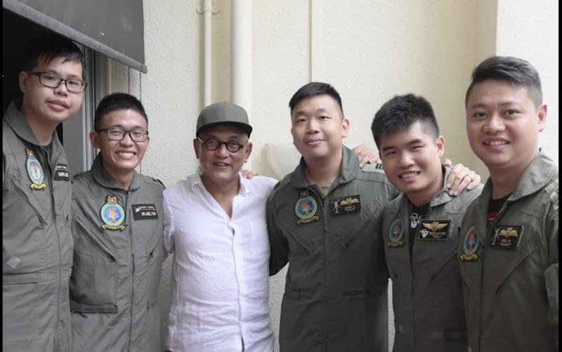 The Singaporean Air Force helped to rescue Mr Low - facebook.com/TheRSAF