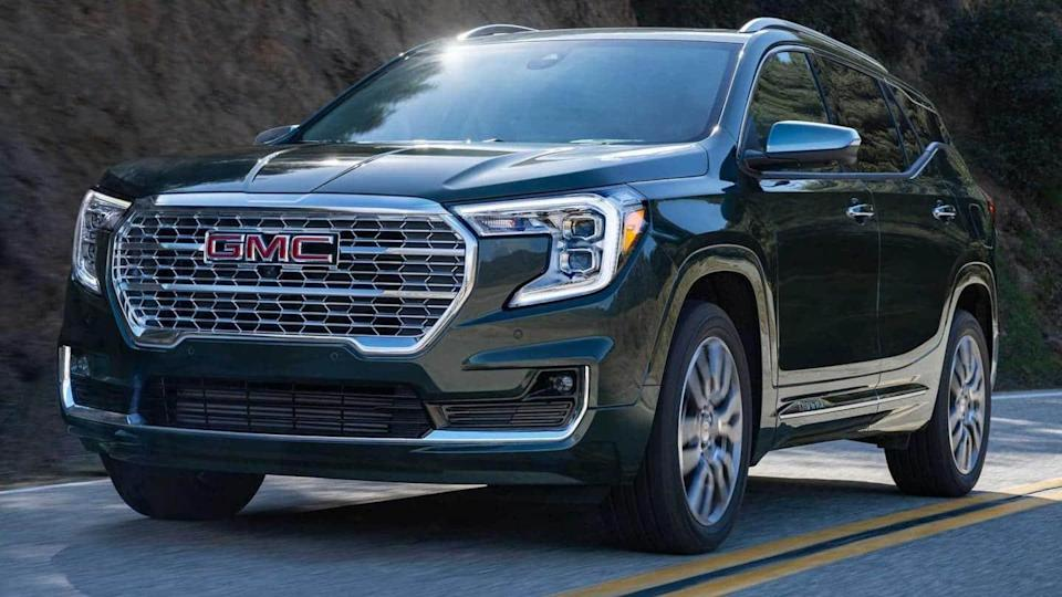 2022 GMC Terrain SUV, with new styling and features, revealed