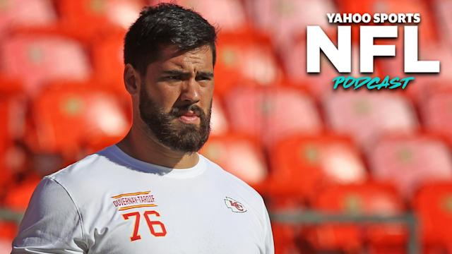 Kansas City Chief Laurent Duvernay-Tardif, the NFL's only active player with a medical degree, is spending the offseason on the frontlines of the COVID pandemic. (Photo by Scott Winters/Icon Sportswire via Getty Images)