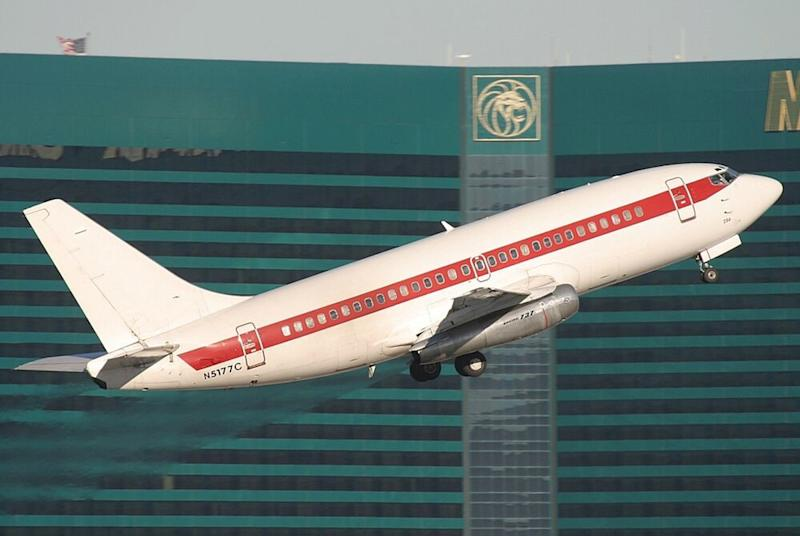 A JANET Airlines 737 takes off from McCarran International Airport in full view of the Las Vegas Strip. | Wikimedia