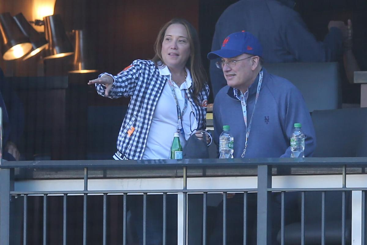 Doesn't anybody want to run the New York Mets? Search for front office leadership appears elusive