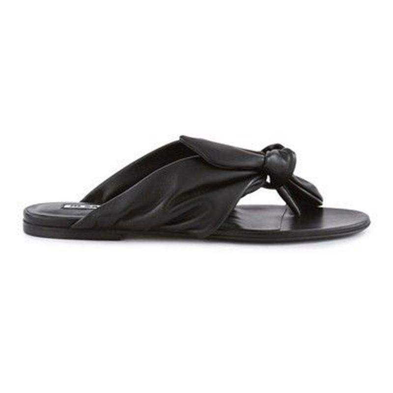 """<p><strong>Jil Sander</strong></p><p>24s.com</p><p><strong>$290.00</strong></p><p><a href=""""https://go.redirectingat.com?id=74968X1596630&url=https%3A%2F%2Fwww.24s.com%2Fen-us%2Fleather-sandals-jil-sander_JILQC82Z%3FdefaultSku%3DJILQC82ZBCKSI39000%26color%3Dblack&sref=https%3A%2F%2Fwww.harpersbazaar.com%2Ffashion%2Ftrends%2Fg31749966%2Fsummer-2020-shoe-trends%2F"""" rel=""""nofollow noopener"""" target=""""_blank"""" data-ylk=""""slk:Shop Now"""" class=""""link rapid-noclick-resp"""">Shop Now</a></p><p>And for those who are more flats-inclined, there are plenty of options for you too.</p>"""
