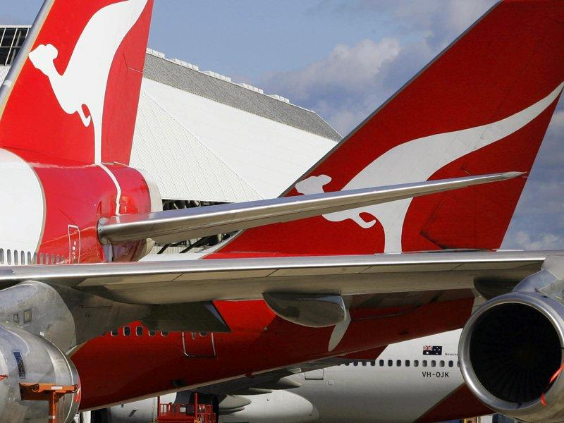 Qantas director quits amid Italian probe