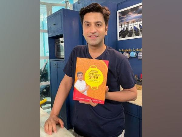 Saffola Mealmaker's Delicious Soya Cook Book curated by Chef Kunal Kapur