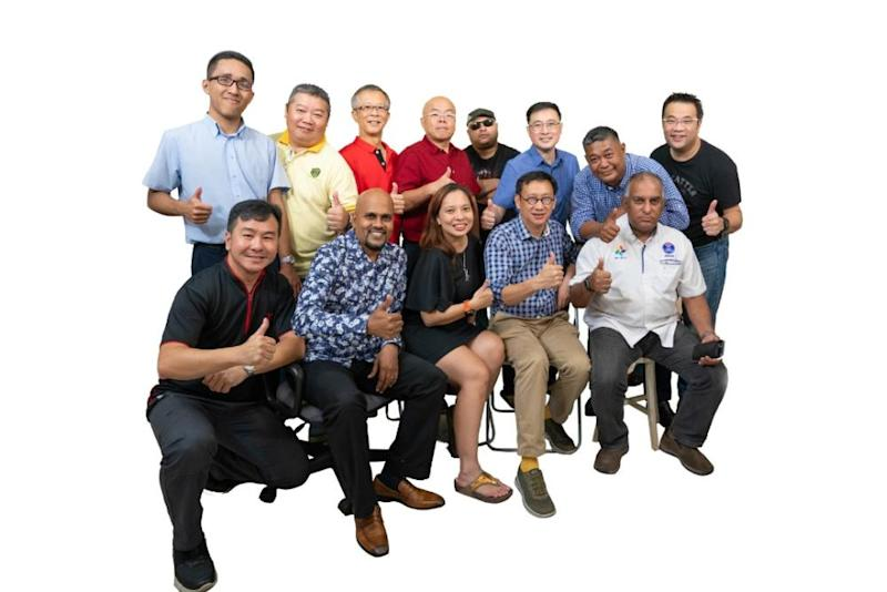 A group photo of those who had participated in the making of the farewell song and its video, including David Cha (upper row, third right) and Subang Jaya Wong Chen (lower flow, second right). ― Picture courtesy of USJ residents