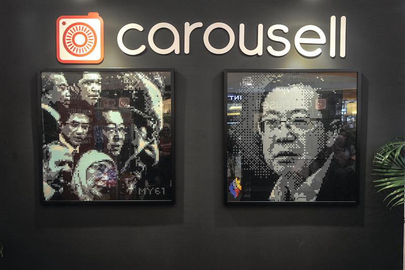 A mural of Lim Guan Eng, composed of Lego bricks, is seen at Carousell's 'Sayang Malaysiaku' Lego art exhibition in Sunway Pyramid, Petaling Jaya August 30, 2018. — Picture by Shafwan Zaidon