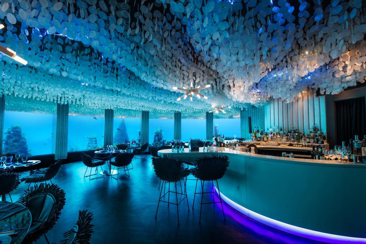 "<p>A proposal in a nightclub may seem a bit seedy - but not if it's underwater. The first of its kind when it opened in 2012, <a href=""http://www.minorhotels.com/en/peraquum/niyama/dining/subsix"">Subsix Per Aquum</a> in the Maldives is reached via speedboat and has a staircase leading down to a room with huge windows, perfect for watching the watery world go by.</p>"