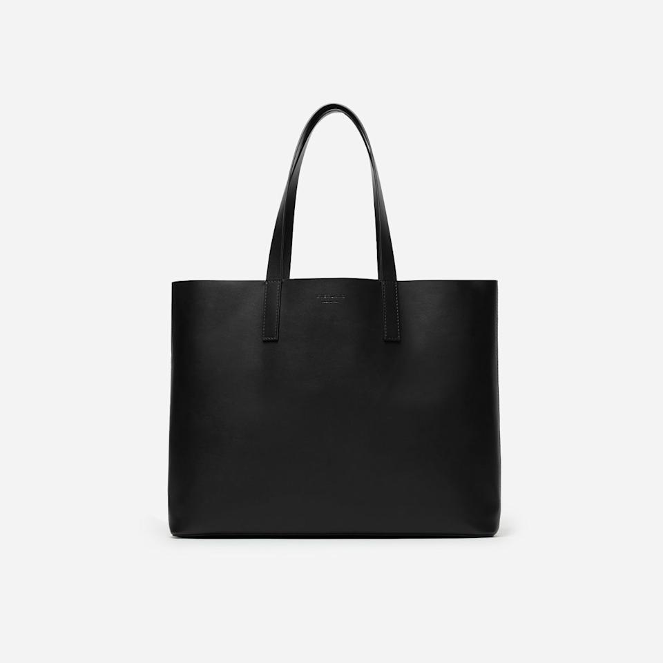 "You can't go wrong with this high-quality structured tote. Simple and streamlined, the bag is made from 100 percent Italian leather and is available in black, navy, brown, beige, red, and light pink. $175, Everlane. <a rel=""nofollow"" href=""https://www.everlane.com/products/womens-day-market-tote-black?collection=womens-leather-bags"">Get it now!</a>"