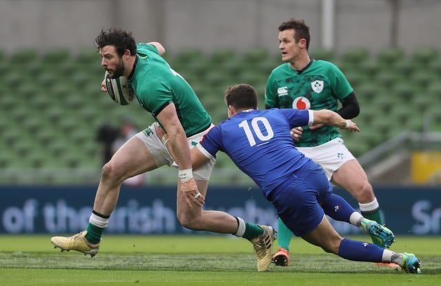 Robbie Henshaw, left, wants Ireland to have a positive approach to their remaining Six Nations fixtures