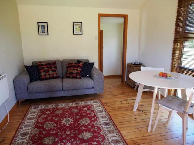 <p>But in case you were wondering, here's what it looks like inside.<br>(Airbnb) </p>