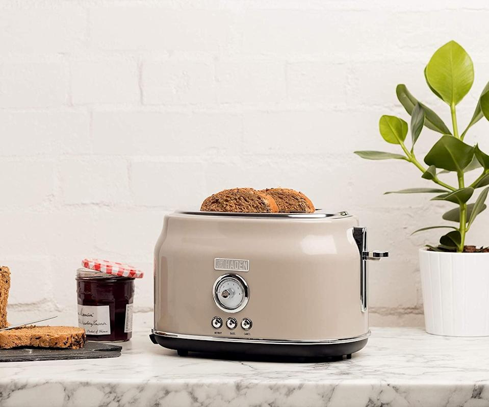 <p>The retro style of this <span>Haden Dorset 2 Slice Toaster</span> ($60) is so cute.</p>
