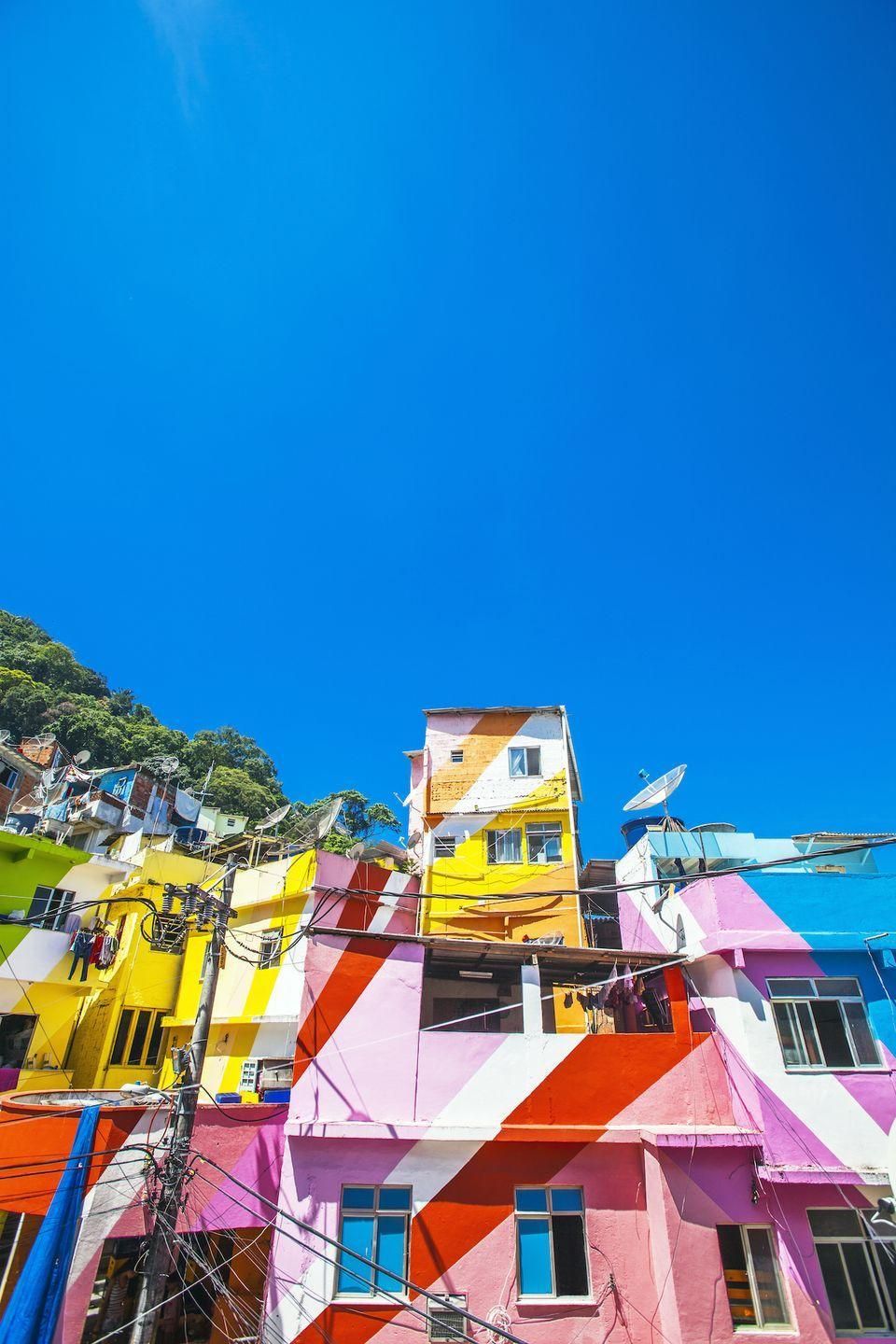 <p>Diagonal stripes and sunny shades make this Rio de Janeiro neighborhood feel alive.</p>