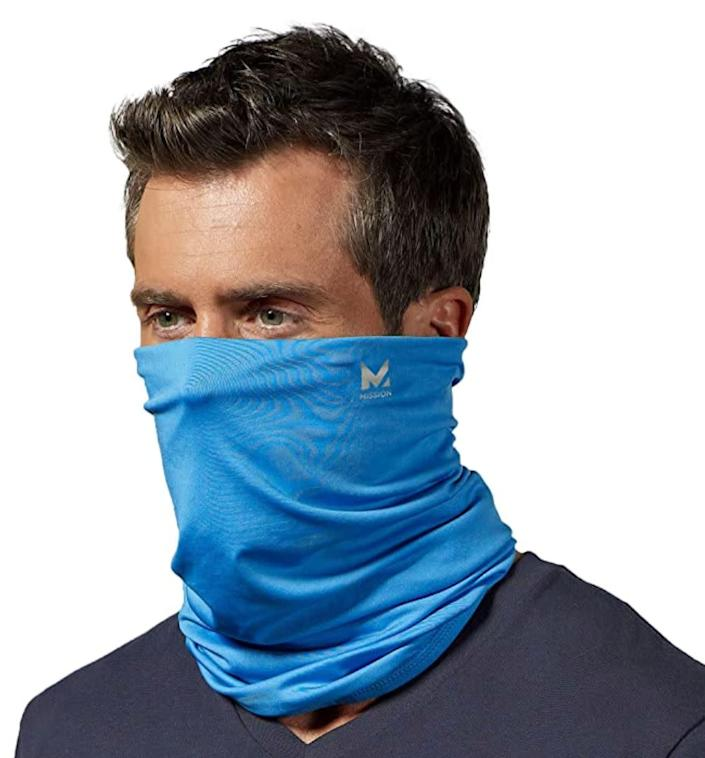 "When wet, the neck gaiter will keep you cool during even the hottest's workout. <a href=""https://amzn.to/39WxB7y"" rel=""nofollow noopener"" target=""_blank"" data-ylk=""slk:Find it for $20 on Amazon"" class=""link rapid-noclick-resp"">Find it for $20 on Amazon</a>."
