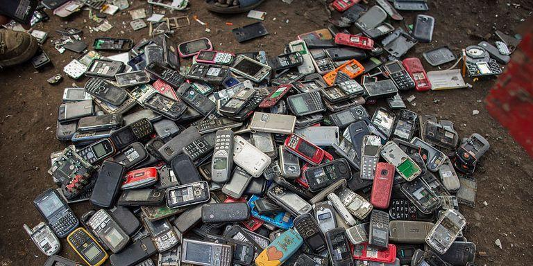 """<p>If you have a mini smartphone museum tucked away in a drawer somewhere, it's time to put those phones to good use. There's no reason to hold onto the <a href=""""https://www.popularmechanics.com/technology/gadgets/g29213510/make-old-phone-faster/"""" target=""""_blank"""">old slabs of plastic,</a> glass, and silicon. You're way better off donating, selling, or repurposing them.</p><p>Here's how to make those useless gadgets a little less useless.</p>"""