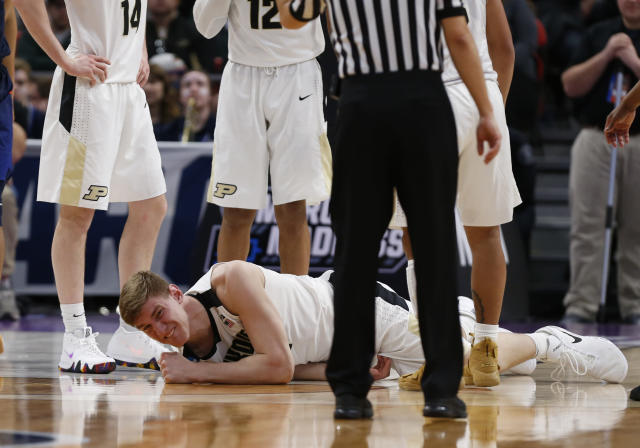 Isaac Haas broke his elbow in a first-round NCAA tournament win over Cal State Fullerton. (Getty)