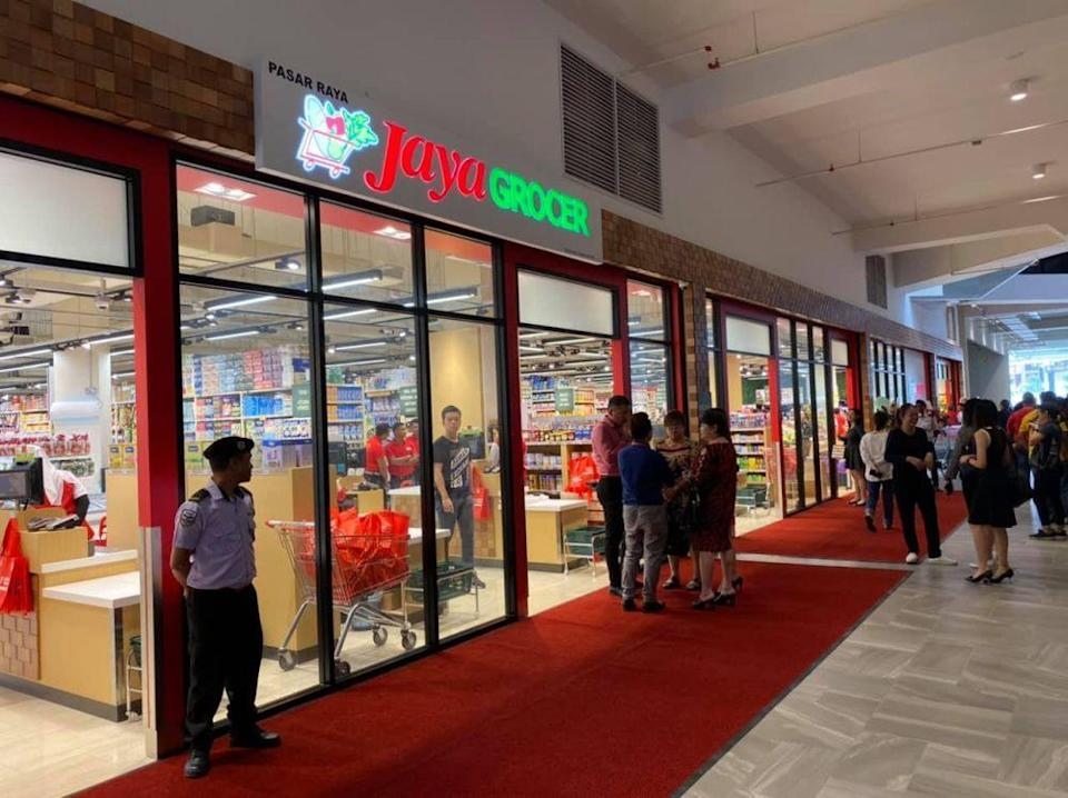 File picture of a Jaya Grocer outlet. Jaya Grocer today announced that its outlet at KLIA2 will be closed until further notice, as two security guards there had tested positive for Covid-19. — Picture via Facebook