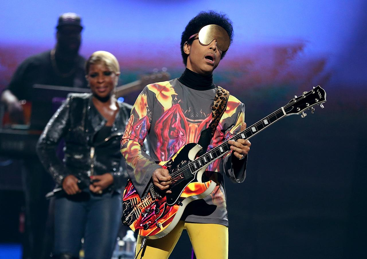 Prince The full name of 2007 Super Bowl performer, Prince, is Prince Rogers Nelson.