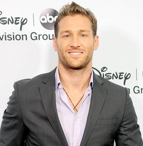 """Bachelor Juan Pablo Galavis Fights Anti-Gay Controversy, Addresses """"Mistake"""" With Clare"""