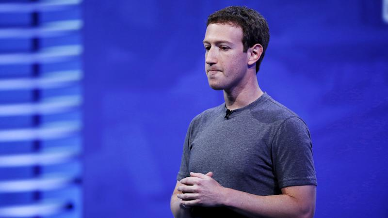 Facebook's Mark Zuckerberg forced all his employees to use Android phones: Report