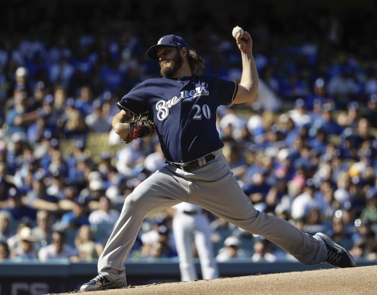 With Wade Miley as bait, Craig Counsell attempted to hustle the Dodgers