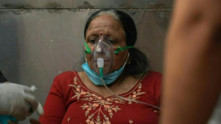 Indian Covid patients flock to makeshift tent for lifesaving oxygen