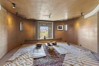<p>Make use of your very own meditation room.</p>