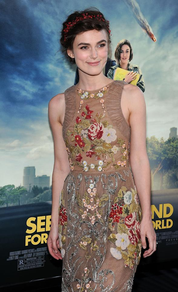 """LOS ANGELES, CA - JUNE 18:  Actress Keira Knightley  arrives at  Film Independent's 2012 Los Angeles Film Festival premiere of Focus Features' """"Seeking A Friend For The End Of The World"""" at Regal Cinemas L.A. Live on June 18, 2012 in Los Angeles, California.  (Photo by Valerie Macon/Getty Images)"""