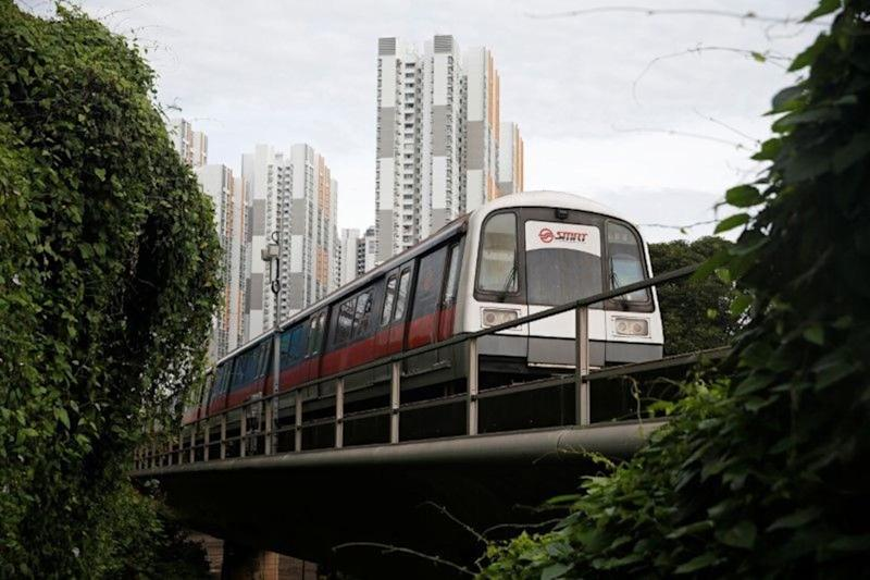 Two new MRT stations will be opened on the North South Line by the mid-2030s. Brickland Station will be located between Choa Chu Kang and Bukit Gombak stations. The Sungei Kadut interchange station will connect to the Downtown Line, which will be extended beyond Bukit Panjang Station. (Yahoo News Singapore file photo)
