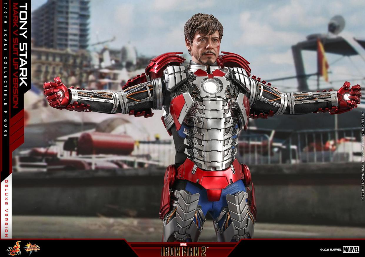 Tony Stark Mark V Suit Up (Photo: Sideshow Collectibles)