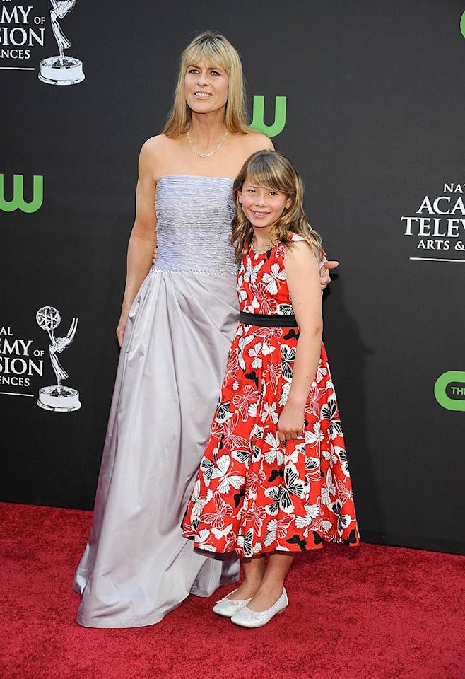 """The late Crocodile Hunter's 11-year-old daughter Bindi Irwin (with mom Terri) looked sweet as can be in her age-appropriate frock. Frazer Harrison/<a href=""""http://www.gettyimages.com/"""" target=""""new"""">GettyImages.com</a> - August 30, 2009"""
