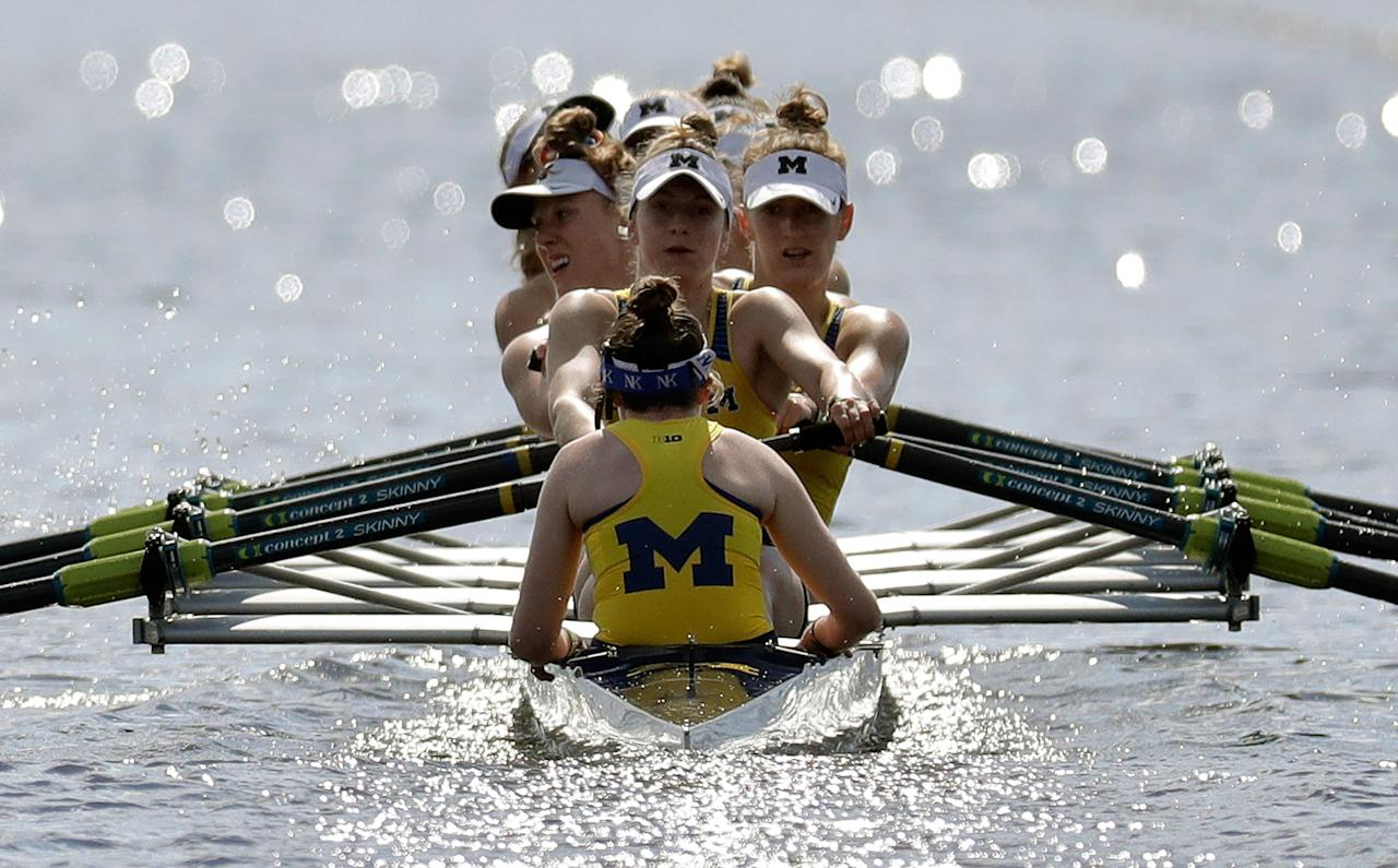 <p>The Michigan women's varsity eight team compete during a semifinal race at the NCAA women's college rowing championships, Saturday, May 27, 2017, at Mercer County Park in West Windsor, N.J. (Photo: Julio Cortez/AP) </p>