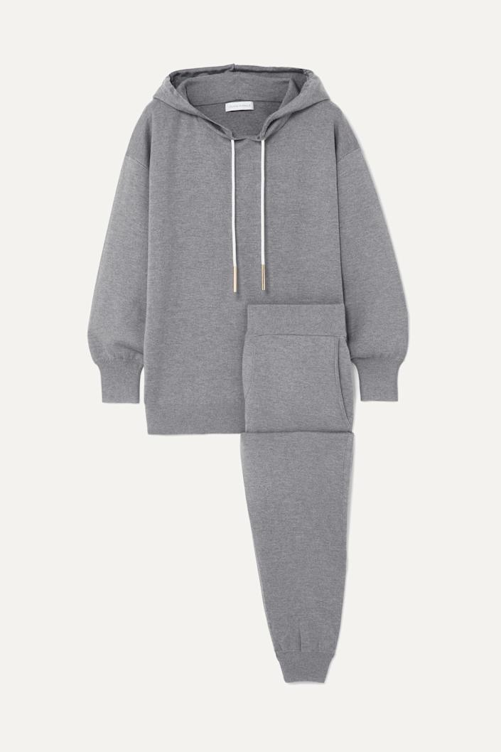 """<p><strong>Olivia von Halle</strong></p><p>net-a-porter.com</p><p><strong>$1275.00</strong></p><p><a href=""""https://go.redirectingat.com?id=74968X1596630&url=https%3A%2F%2Fwww.net-a-porter.com%2Fen-us%2Fshop%2Fproduct%2Folivia-von-halle%2Fgia-london-silk-and-cashmere-blend-hoodie-and-track-pants-set%2F1206550&sref=https%3A%2F%2Fwww.harpersbazaar.com%2Ffashion%2Ftrends%2Fg4447%2Fluxury-gifts-for-women%2F"""" rel=""""nofollow noopener"""" target=""""_blank"""" data-ylk=""""slk:Shop Now"""" class=""""link rapid-noclick-resp"""">Shop Now</a></p><p>A tracksuit, but in cashmere. Do we need to say more?</p>"""