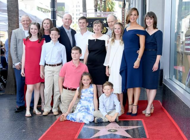Jennifer Garner Family Walk of Fame