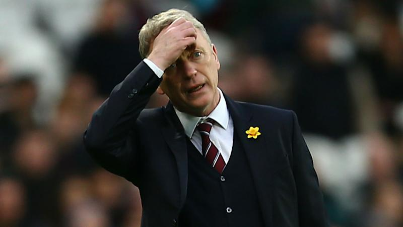 Former Man Utd manager Moyes leaves West Ham
