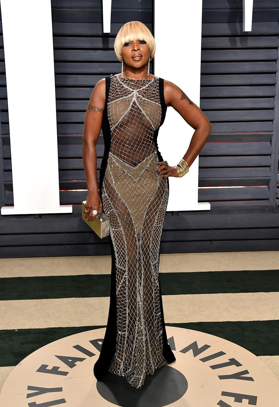 <p>Singer Mary J. Blige attends the 2017 Vanity Fair Oscar Party hosted by Graydon Carter at Wallis Annenberg Center for the Performing Arts on February 26, 2017 in Beverly Hills, California. (Photo by John Shearer/Getty Images) </p>