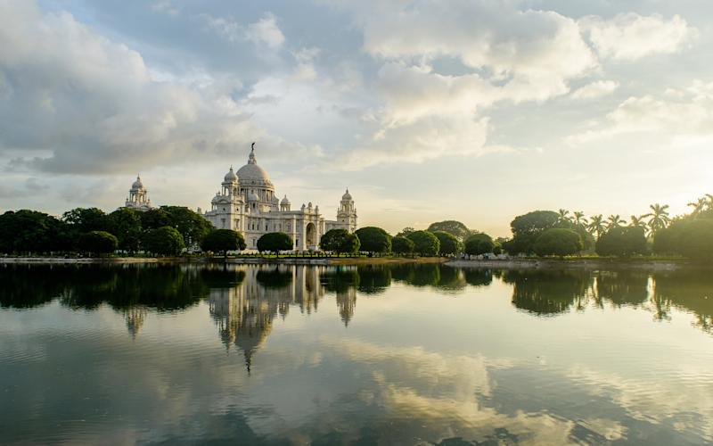 The imposing Victoria Memorial in Kolkata - @Abir's (@Abir's (Photographer) - [None]