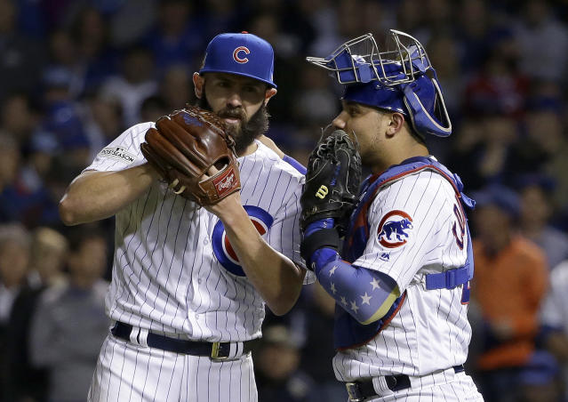 "<a class=""link rapid-noclick-resp"" href=""/mlb/players/10166/"" data-ylk=""slk:Willson Contreras"">Willson Contreras</a> and Martin Maldonado aren't happy with the new rule limiting mound visits, and they're willing to break it. (AP)"