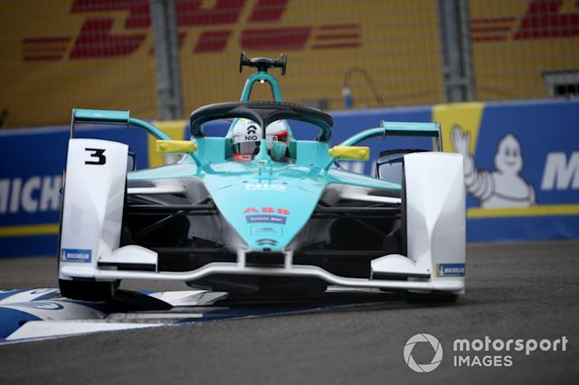 "Oliver Turvey, NIO 333, NIO FE-005 <span class=""copyright"">Dom Romney / Motorsport Images</span>"