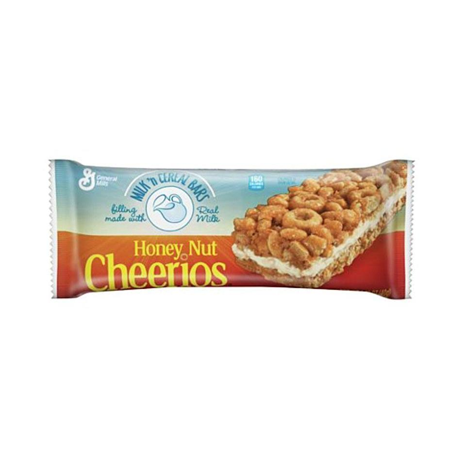 <p>Think Honey Nut Cheerios and Cinnamon Toast Crunch—these bars were a convenient way to get your cereal and milk on the go.</p>