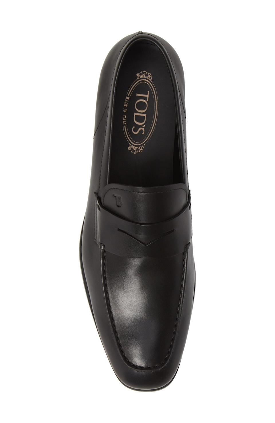 "<p><strong>TOD'S</strong></p><p>nordstrom.com</p><p><strong>$525.00</strong></p><p><a href=""https://go.redirectingat.com?id=74968X1596630&url=https%3A%2F%2Fshop.nordstrom.com%2Fs%2Ftods-mocassino-penny-loafer-men%2F3916249&sref=https%3A%2F%2Fwww.harpersbazaar.com%2Ffashion%2Ftrends%2Fg4447%2Fluxury-gifts-for-women%2F"" rel=""nofollow noopener"" target=""_blank"" data-ylk=""slk:Shop Now"" class=""link rapid-noclick-resp"">Shop Now</a></p><p>A classic loafer for those thoughtful drives through the country. </p>"