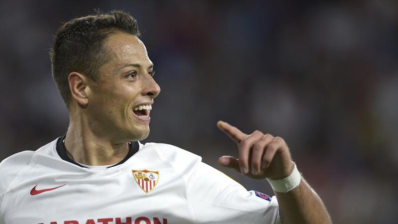 LA Galaxy sign Chicharito in $10m transfer from Sevilla