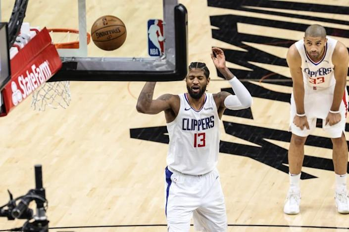 Commentary: Paul George's missed free throws could haunt him — and the  Clippers