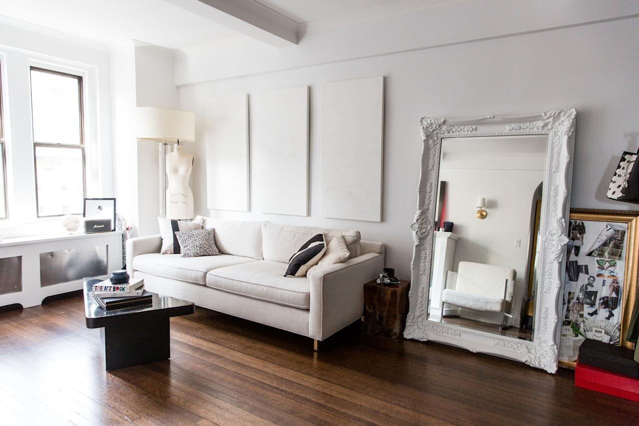 <p><strong>How does this reflect in your home?</strong></p><p>My apartment really has a mix of a lot of different styles, although thebedroom is really consistent in that it's more neutral and earthy—I like that in a bedroom. It's quite zen and breathable. Everywhere else is more neoclassic mixed with mid-century elements… modern colors, i.e. virtually none.</p>