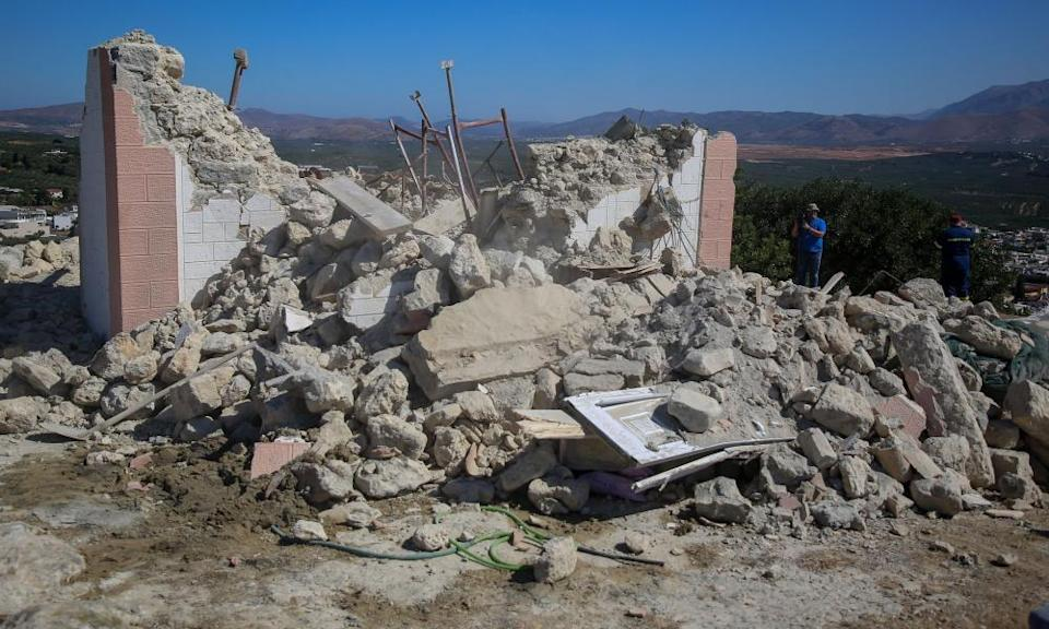 Residents were sent fleeing into the streets and schools were evacuated after an earthquake on the Greek Island of Crete.