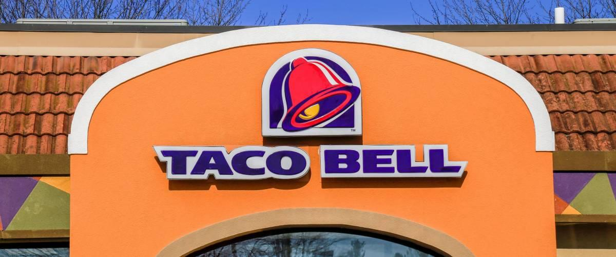 <cite>George Sheldon / Shutterstock</cite> <br>Taco Bell is ringing the closing bell at some restaurants.<br>