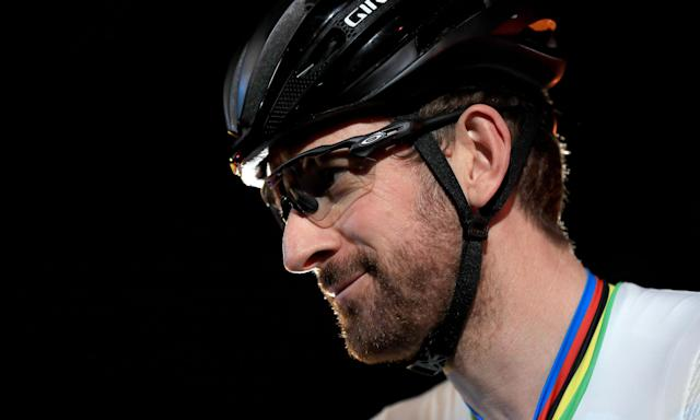 'Mystery package' doctor admits Team Sky had no medicines policy