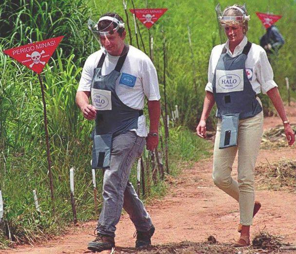 PHOTO: Britain's Princess Diana during her visit to the minefields in the high plateau near Huambo. (Antonio Cotrim/AFP/Getty Images)