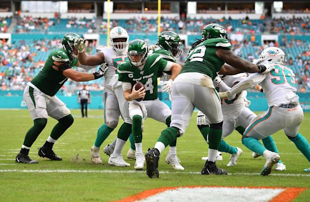 Sam Darnold and the Jets should be embarrassed as hell about Sunday's performance against Miami. (Getty)