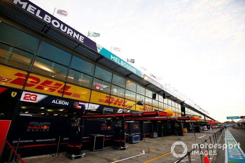 """The Red Bull Racing garage in the pit lane<span class=""""copyright"""">Andy Hone / Motorsport Images</span>"""